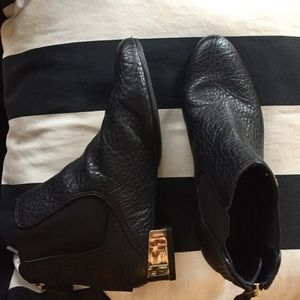 Tory Burch Black Adaire Pebbled Leather Boots 6.5M